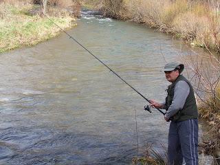 Pesca río Cabrera hasta el 15 de octubre.