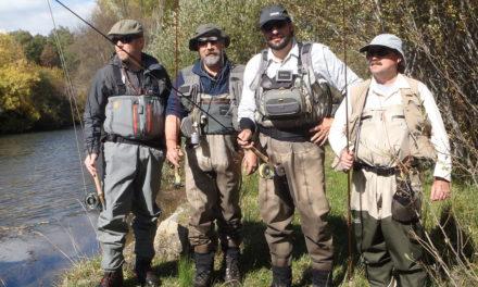 4 pescadores salieron a pescar en un 4 x 4